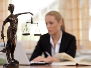 female lawyers featured