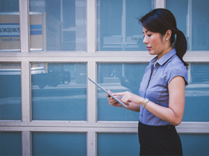 Women-on-Tablet